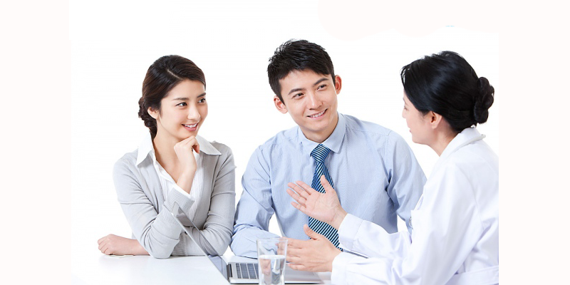 Nên ưu tiên mua bảo hiểm nhân thọ cho trụ cột trong gia đình